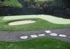 Southwest Greens synthetic turf golf bunker with landscape 10